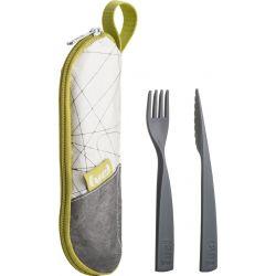 Ensemble de couverts avec leur pochette fourchette et couteau